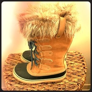 Sorel Joan Of Arctic Women's Winter Boot- Size 9